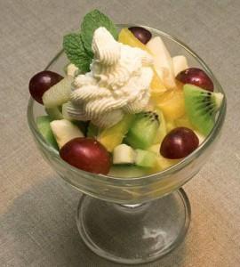 Салат из фруктов и маскарпоне