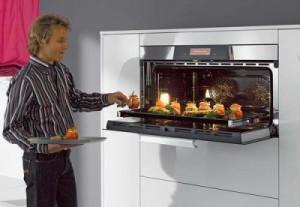 Без духовки на современной кухне не обойтись