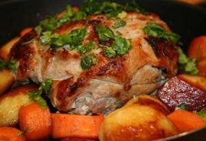 Готовим запечённую свининку