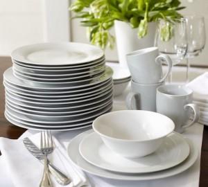 Керамическая посуда на кухне