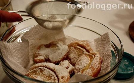 Оладышки с яблоками - 9
