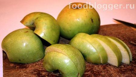 Оладышки с яблоками - 1