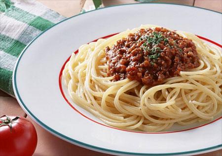 С чем подавать спагетти